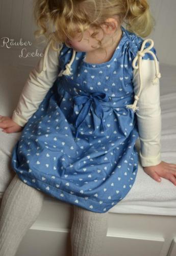 Annika Urschel - RäuberLocke - Jersey an den Ärmeln Webware fürs Kleid