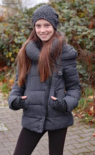 Lydia Arndt Faden Frida -Beanie und Armstulpen-Kuschelsweat